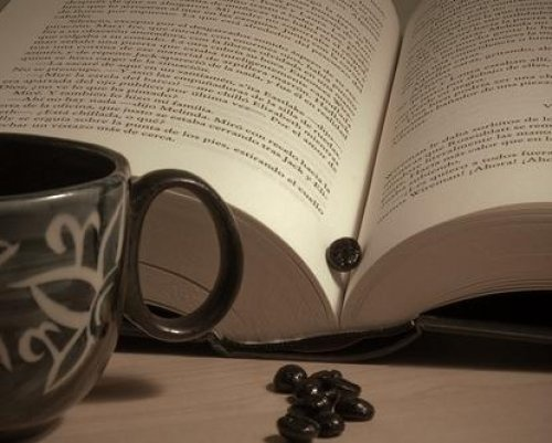 COFFEE and GOOD BOOK 08.03.2017 1046744122569ce4f3a67915db5366a1